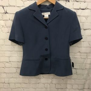 Chaus 100% Silk Short Sleeve Suit Jacket Size 2